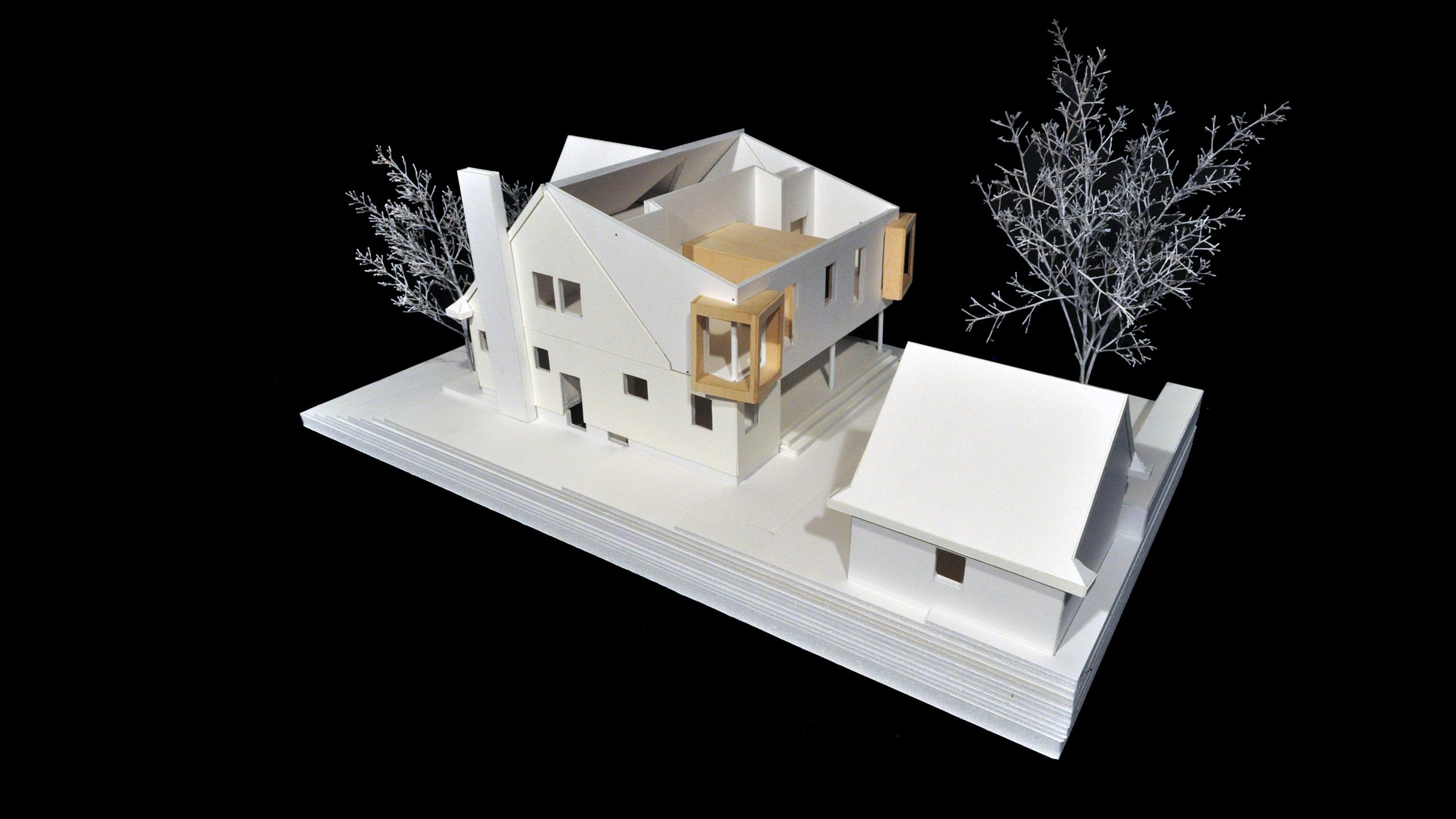 House MC image 5