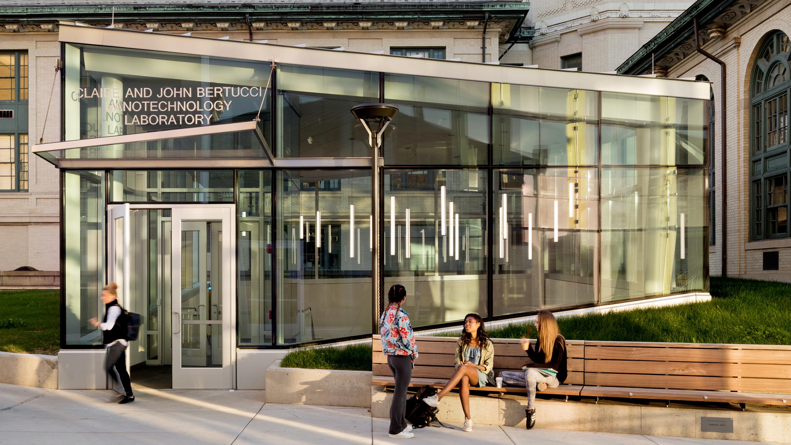 Storytelling, Artwork, Graphic and Display Design: Scott Hall at Carnegie Mellon University / image 3