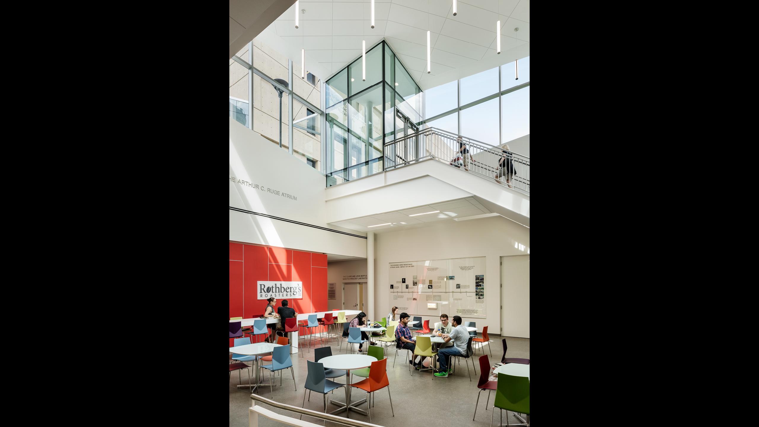 Storytelling, Artwork, Graphic and Display Design: Scott Hall at Carnegie Mellon University / image 4