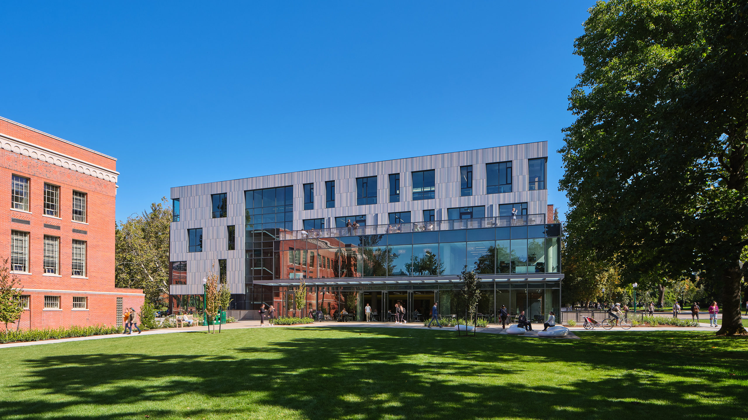 Tykeson Hall at the University of Oregon / image 6